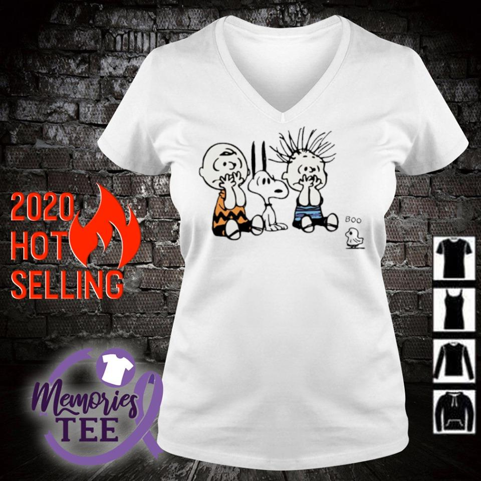 Peanuts characters scare ghost boo s v-neck t-shirt